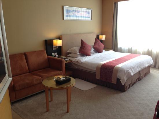 Yonghegong Hotel: ふっかふかのベッド
