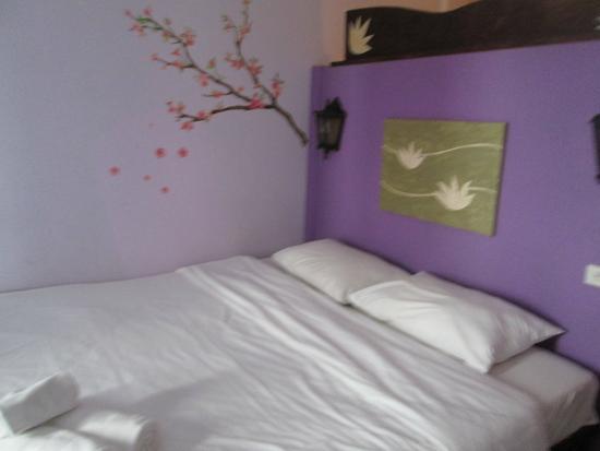 Boondaree Home Resort: the room