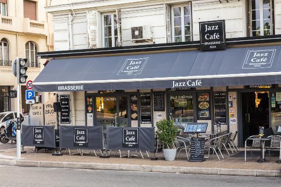 Brasserie Jazz Cafe Pizzeria: LA TERRASSE
