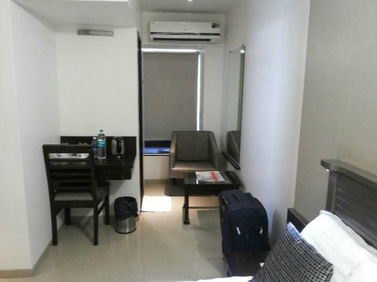 Hotel Le Grande: Working Area
