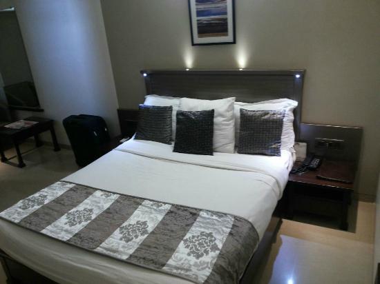 Hotel Le Grande : Bed in Room