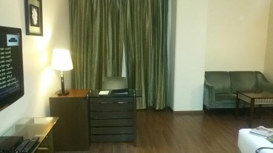 Luminous One Continent : Room