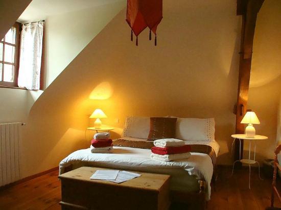 Parcay-les-Pins, Frankrike: Double Bedroom
