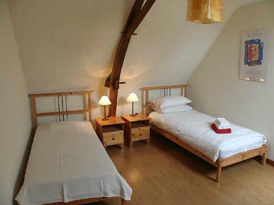 Parcay-les-Pins, Frankrike: Twin Bedroom