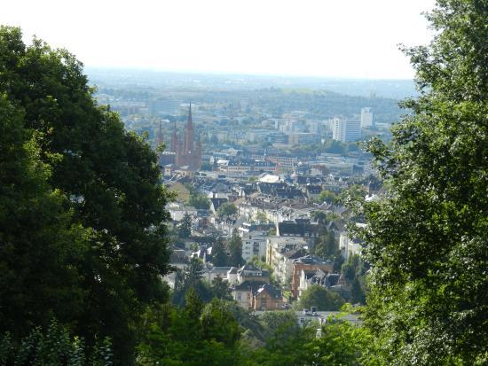 Neroberg: Вид с горы