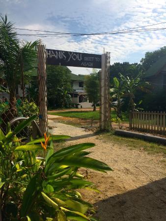 Leaf House Bungalow : Entrance!
