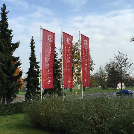 NH Collection Olomouc Congress: Fahnen