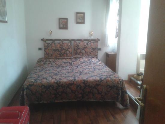 Piccolo Hotel: letto