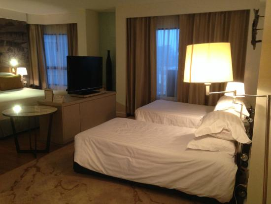 Grand Diamond Suites Hotel Bangkok