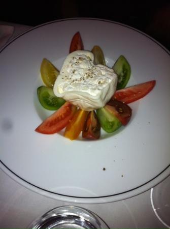 Restaurant Victor : burratina et tomates anciennes