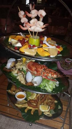 Erakor Island Resort & Spa: Seafood Platter for 2