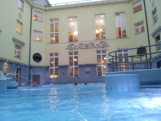 Lukacs Baths : panorama della 36 ° C