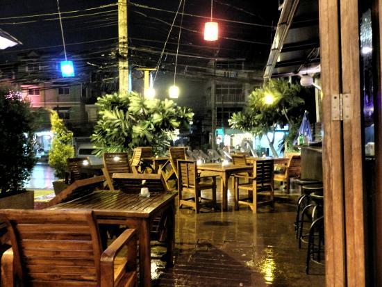 Baramee Resortel: Unexpected Rains