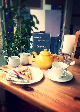 Nick's: Afternoon pop of tea and a delicious slice of homemade raspberry and blackberry torte