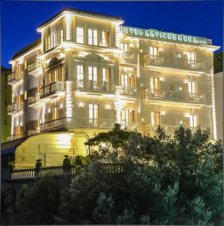 Antiche mura hotel updated 2018 prices reviews - Hotel in sorrento italy with swimming pool ...