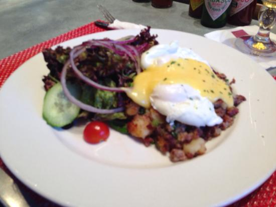 Christopher's a Neighborhood Place: Brisket hash (Sunday brunch menu only) SO GOOD!