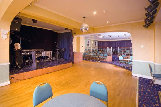 Bay Marine Hotel: Ball room