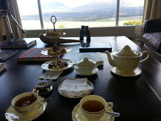 EOLO - Patagonia's Spirit - Relais & Chateaux: Merienda en el Lobby