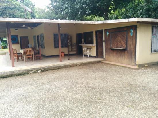La Purruja Lodge: Check-in area