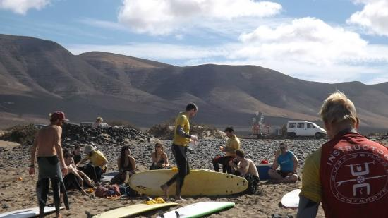Surf School Lanzarote: lunch break