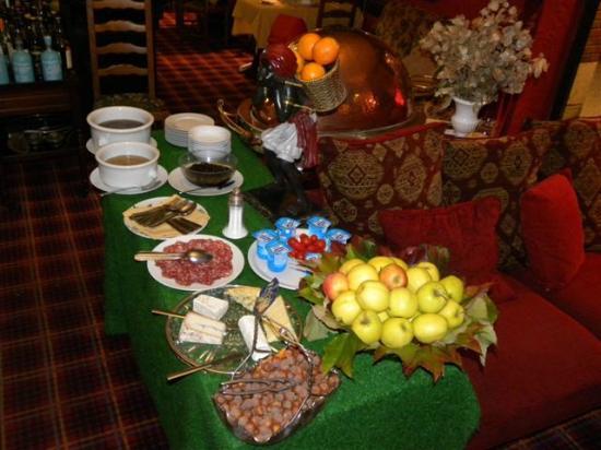 Citotel Marie Stuart : Buffet Petit Déjeuner