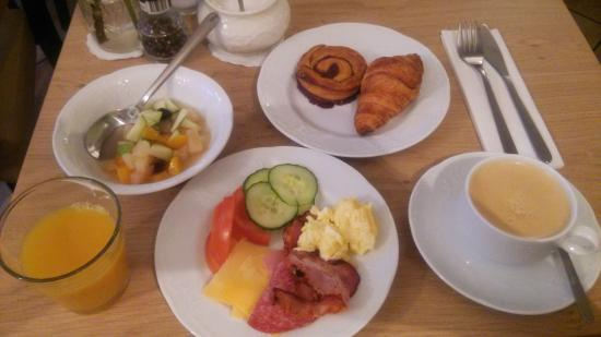 Hotel Fita: 朝食