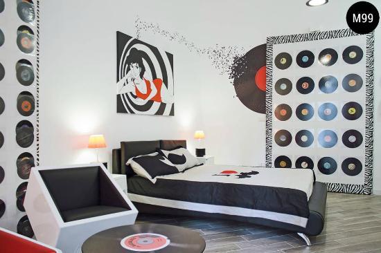 Groovy Hipster Room Bild Von M99 Design Rooms Neapel Tripadvisor Download Free Architecture Designs Scobabritishbridgeorg