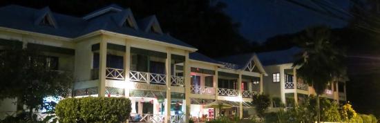 Manta Lodge: Nuit de pleine lune