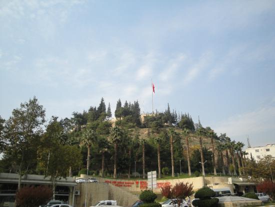 Meydandan kalenin görünüşü - Kahramanmaras Kalesi ...