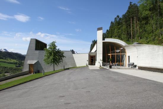 Orsta, Noruega: Ivar Aasen-tunet er teikna av Sverre Fehn (foto: Aasen-tunet, Gaute Øvereng)