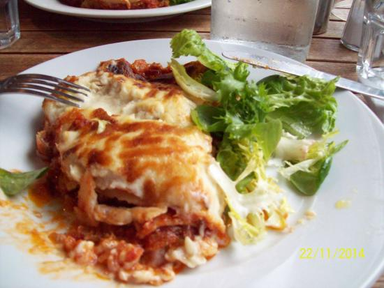 Museum St Cafe: Courgette and tomato lasagne