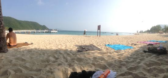 "Sanya Backpackers: This is the super cool ""private"" beach where Chris told us to go, and we were not disapointed at"