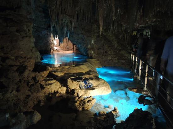 青の泉 - Foto di Okinawa World Bunka Okoku Gyokusendo, Nanjo - TripAdvisor