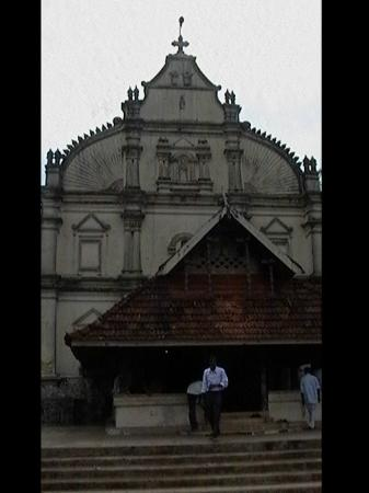 Kadamattom Chruch : Kadamattom Church