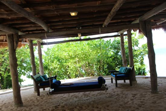 Pulau Pangkil Resort: Swinging Couch - kids loved this for lounging