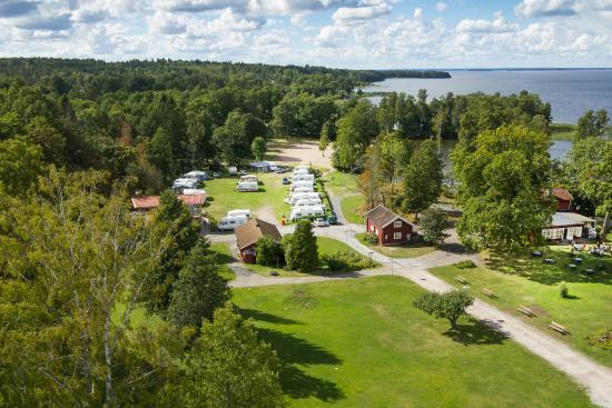 Lappe, Sverige: Hjälmargården
