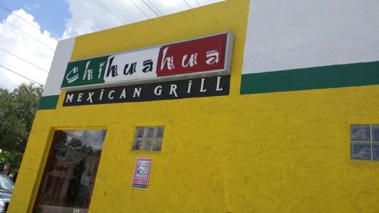 Chihuahua Mexican Grill: Fun Exterior Colors and decor!
