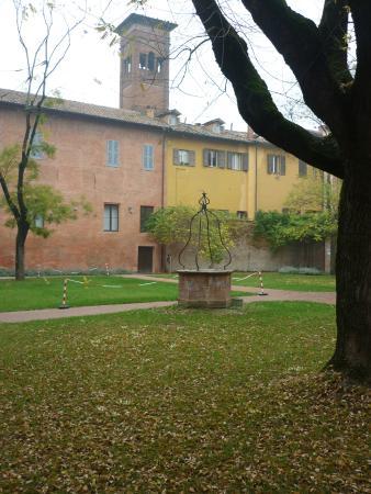 Interno foto di convento di san geminiano modena for Interno a un convento
