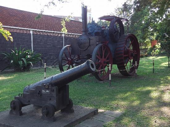 Mutare, زيمبابوي: ミュージアム建物前