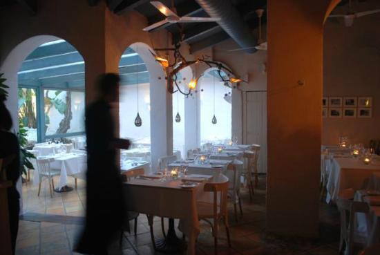 Alfresco: Comedor-terraza-patio