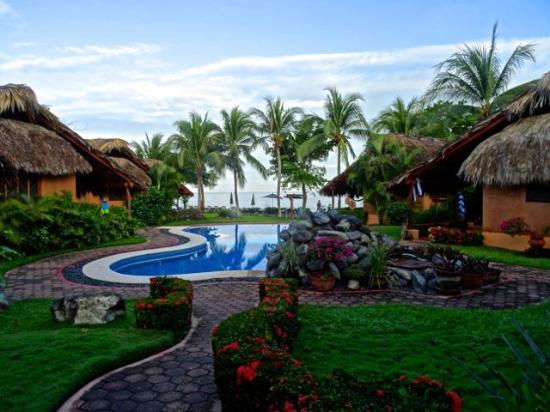 The Inn at Manzanillo Bay : Gorgeous grounds