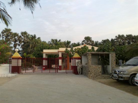 Hotel Palms : Entrance