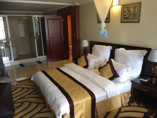Galaxy Hotel: Suite
