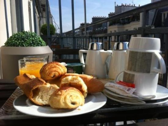 Hôtel Opéra Marigny : Breakfast 2
