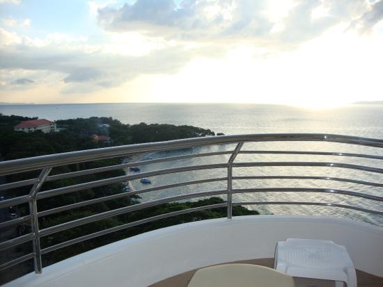 Royal Cliff Grand Hotel: вид из номера