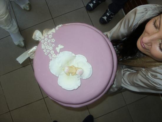 Hospoda: этот красивенький тортик был сделан на крестины для нашей дочурки