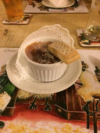 Wayside Guest Accommodation and Whisky Barn: Amazing dessert