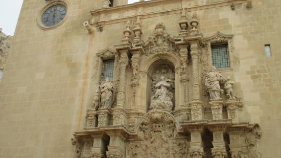 Santa Maria Church : Фасад