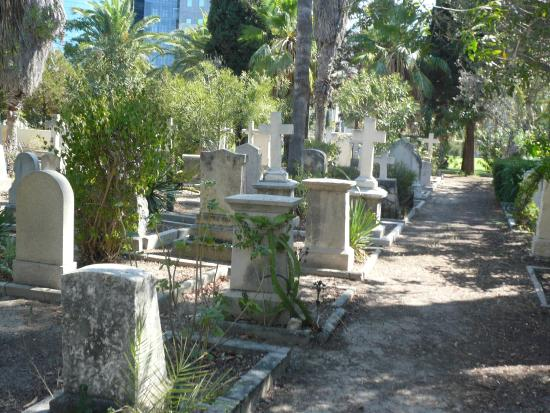 ‪The Templers Cemetery in Haifa‬