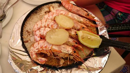 El Roque de los Pescadores: King prawns